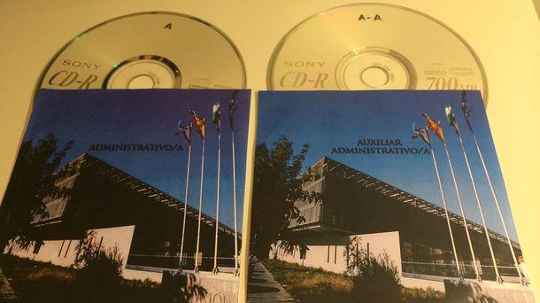 Foto: Imagen de los CD con las preguntas y respuestas de las oposiciones. (A.R)