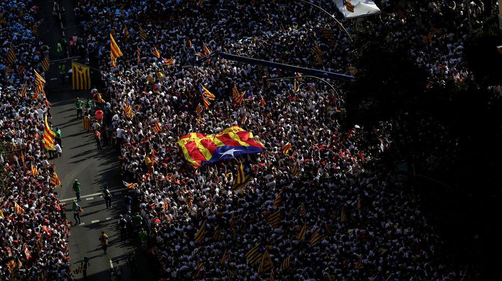 Foto: Manifestación de la Diada en la avenida Meridiana de Barcelona en el año 2015. (EFE)