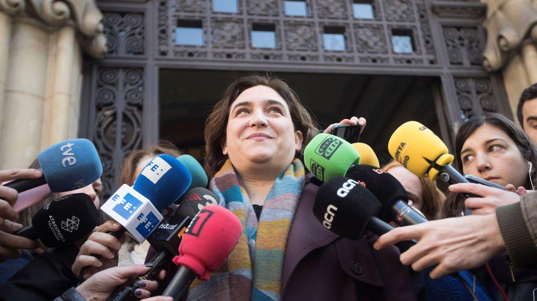 Ada Colau, en una comparecencia ante los medios. (EFE)