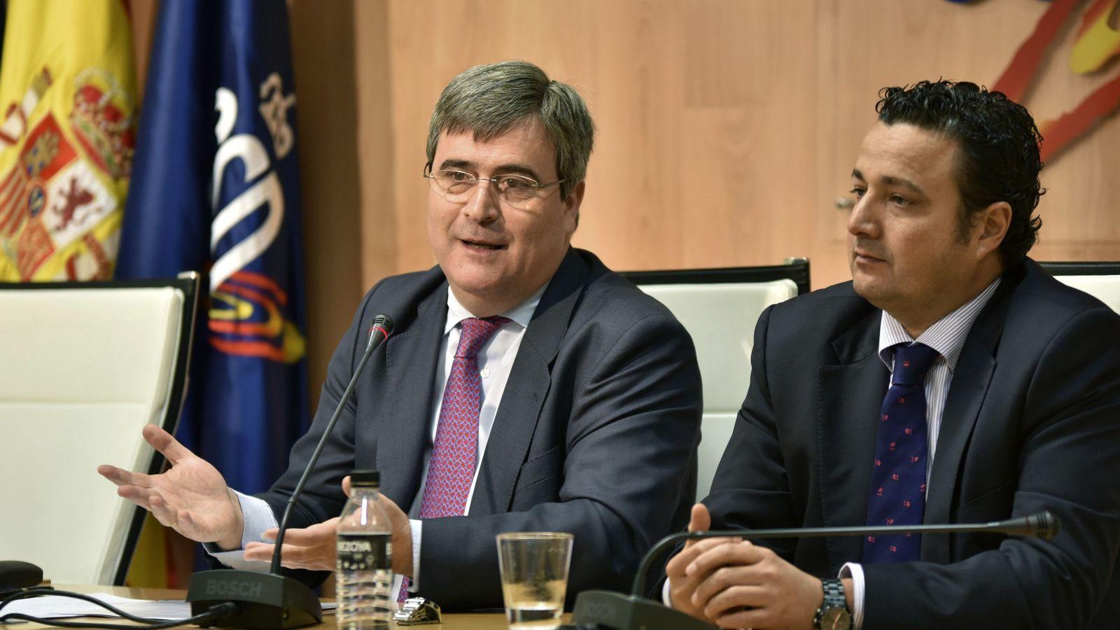 Foto: Miguel Cardenal, acompañado de Óscar Graefenhain, en la rueda de prensa de este martes (José Moreno/CSD-EFE)