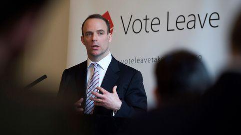 Quién es Dominic Raab: un 'apóstol de la salida' como nuevo ministro del Brexit