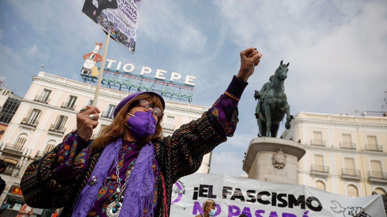 Concentración convocada por el Sindicato de Estudiantes y la asociación Libres y Combativas en la Puerta del Sol de Madrid. (EFE)