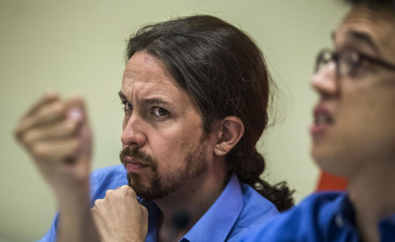 Foto: Pablo Iglesias junto a Iñigo Errejón en una conferencia en Madrid. (Reuters)