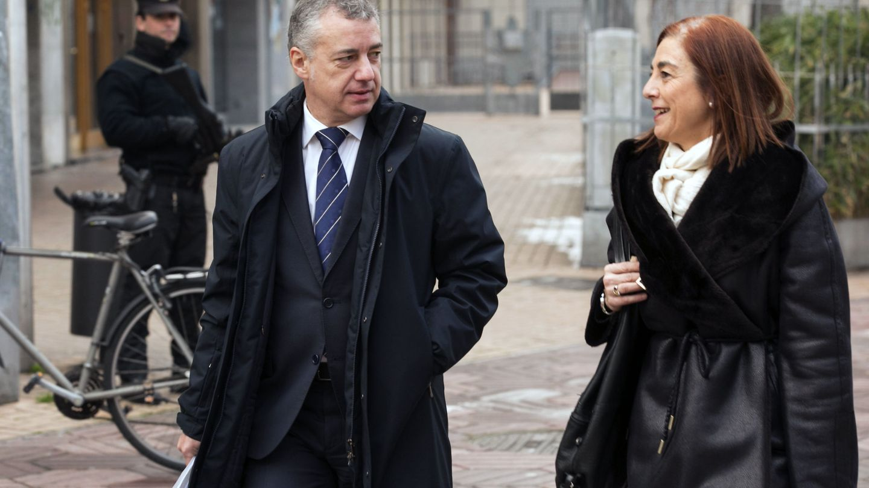Cristina Uriarte con el lehendakari Iñigo Urkullu. (EFE)