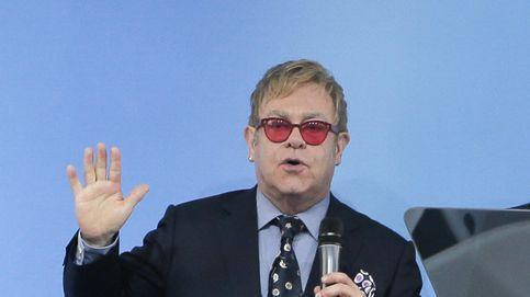 Un guardaespaldas de Elton John le denuncia por acoso sexual