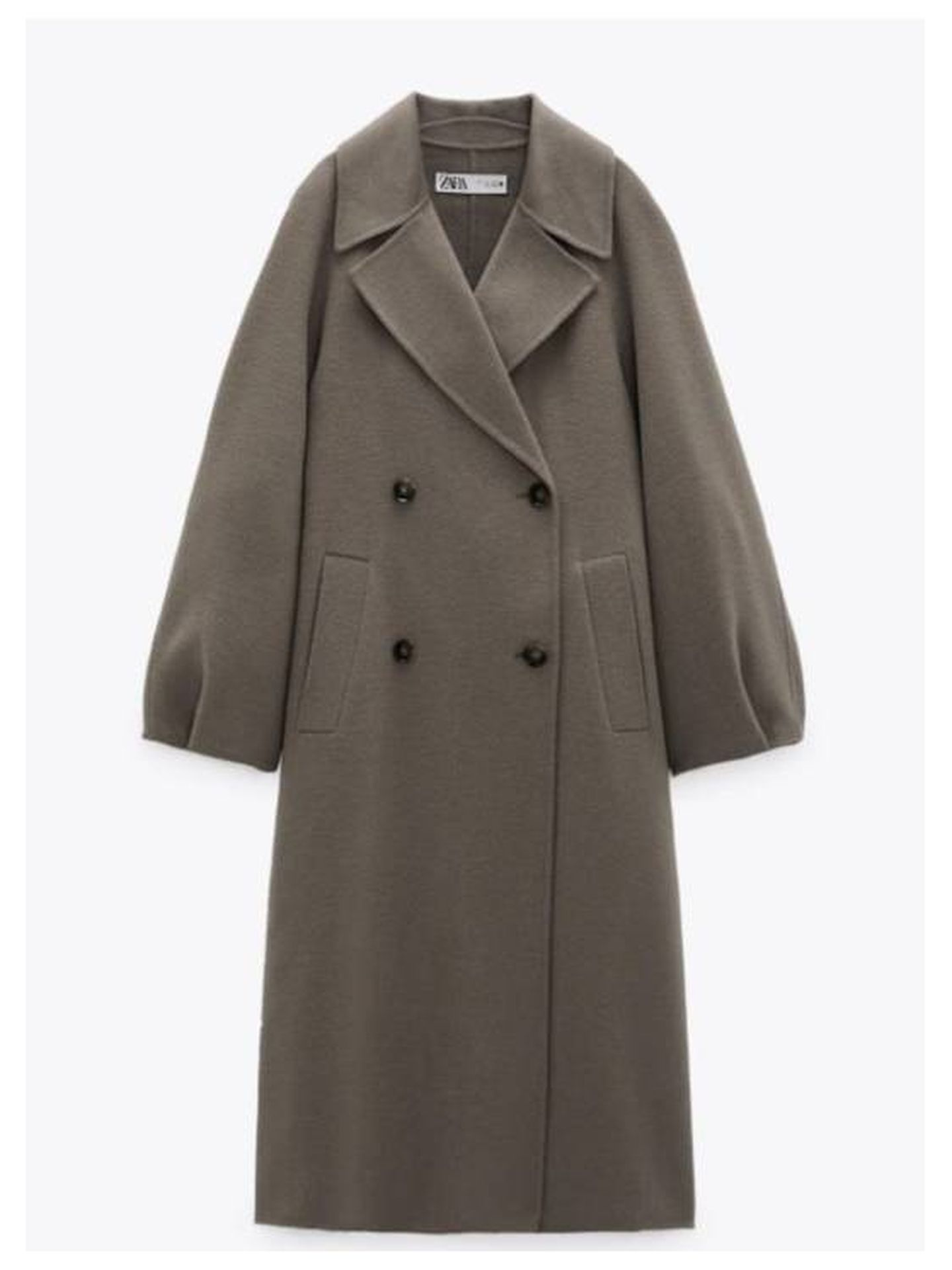 El abrigo de Zara que tiene Amelia Bono. (Cortesía)