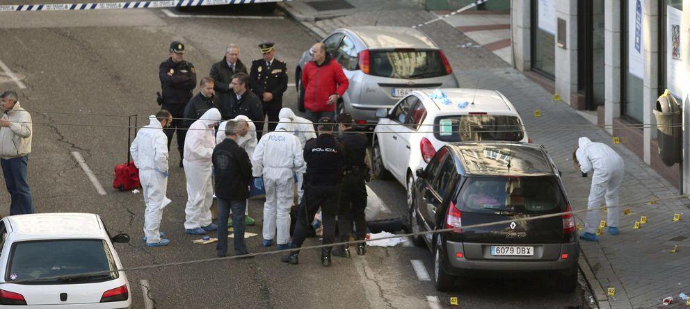 Detenido un joven por felicitar en Twitter al atracador de Vigo que mató a una policía