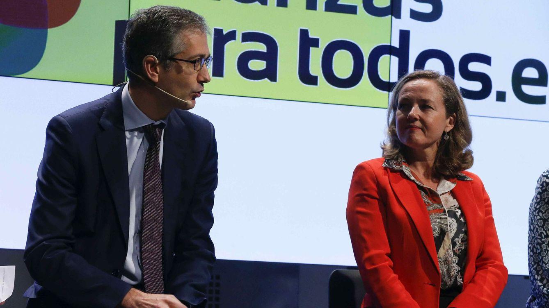 Foto: El gobernador del Banco de España, Pablo Hernández de Cos, y la vicepresidenta del Gobierno Nadia Calviño. (EFE)