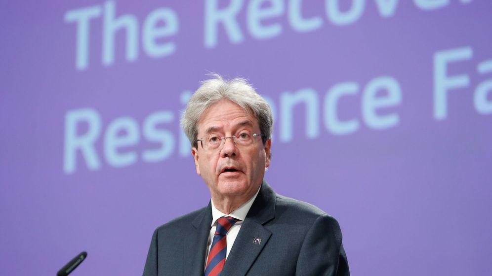 Foto: El comisario de Economía de la Comisión Europea, Paolo Gentiloni, en una rueda de prensa en Bruselas. (Reuters)