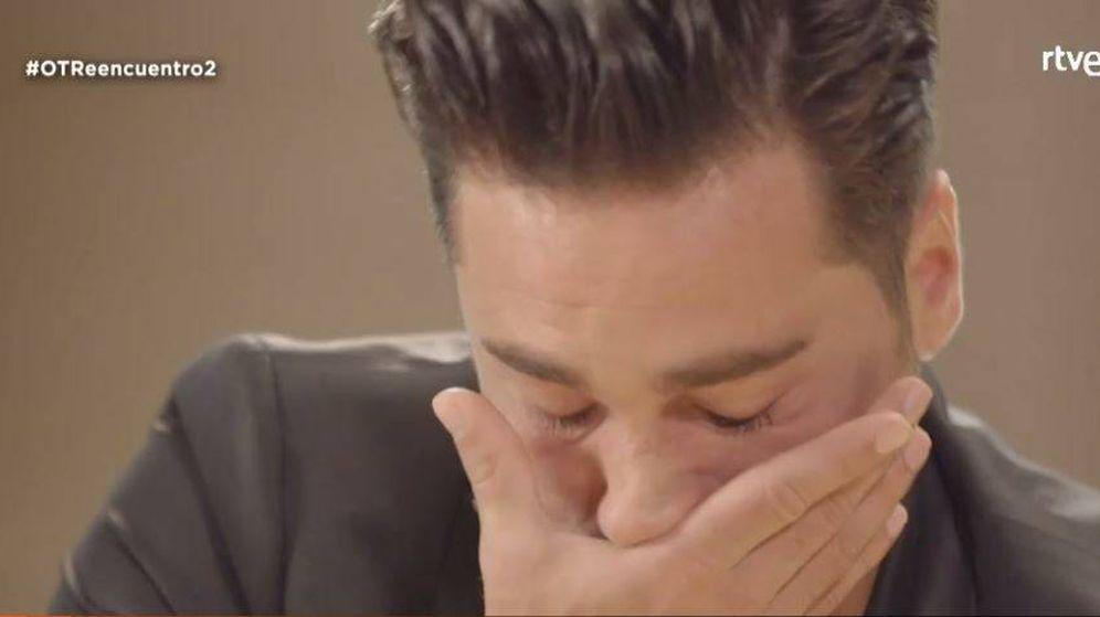 Foto: David Bustamante llora en el segundo documental de 'OT. El reencuentro'.