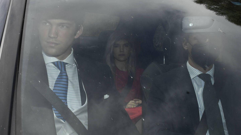 Isabella Ruiz Rato y Juan Ruiz Rato a su llegada a la boda. (Gtres)