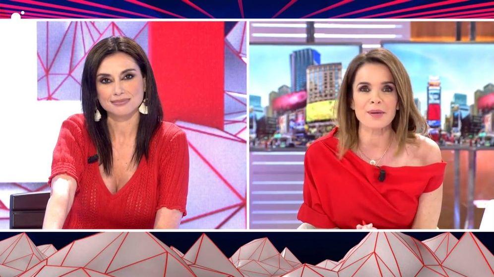 Foto: Momento en el que Carme Chaparro y Marta Flich hablan sobre la situación vivida con Cristina Seguí. (Mediaset España)