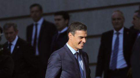 Afectados por Afinsa y Fórum Filatélico abuchean a Sánchez frente al Congreso