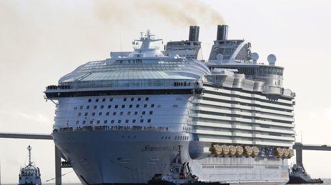 Llega a Málaga el 'Symphony of the Seas', el crucero más grande del mundo