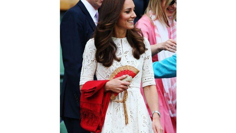 Kate Middleton con el vestido que llevó el noveno día de Wimbledon 2014. (Getty)