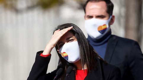 Arrimadas aseguró horas antes que tenía las firmas de todos sus diputados en Murcia