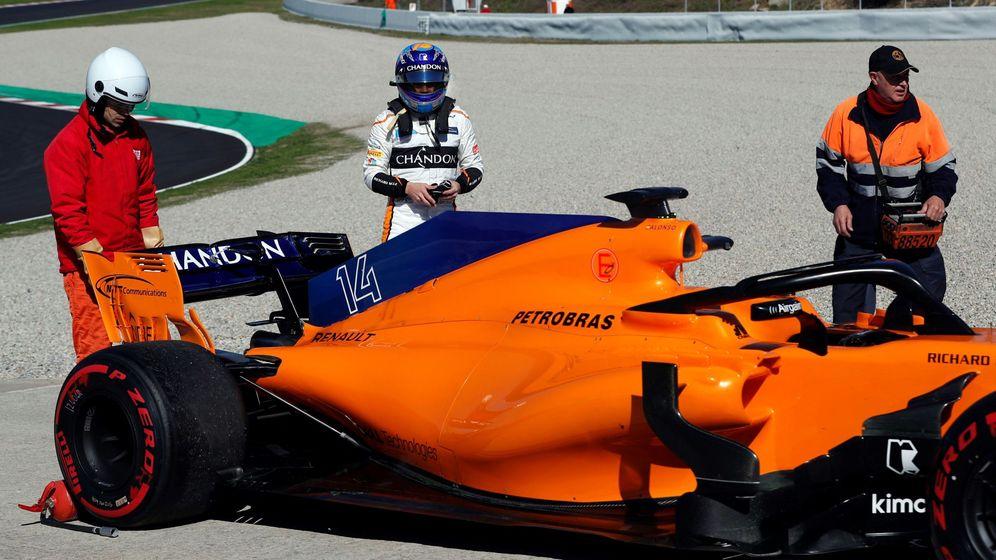 Foto: Fernando Alonso durante los pasados entrenamientos en Montmeló. (EFE)