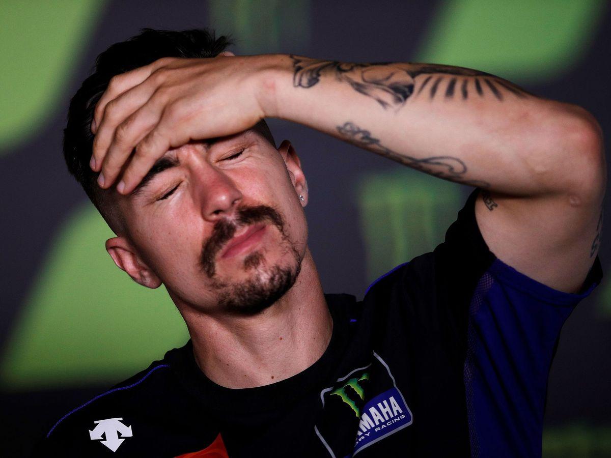 Foto: Maverick Viñales se lamenta durante una rueda de prensa. (EFE)
