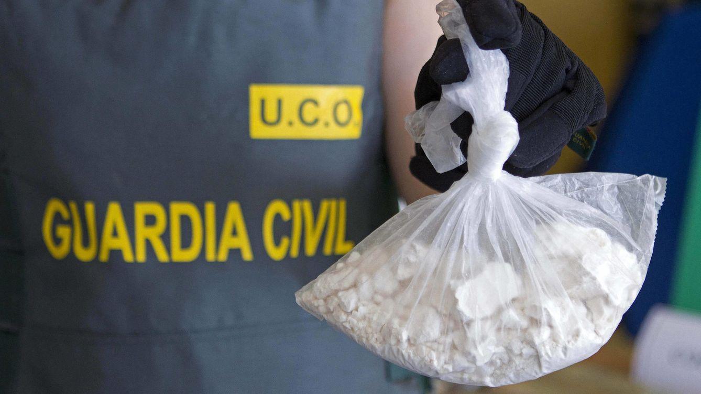 Foto: Coca intervenida en Cambados en una operación en 2011 (EFE)
