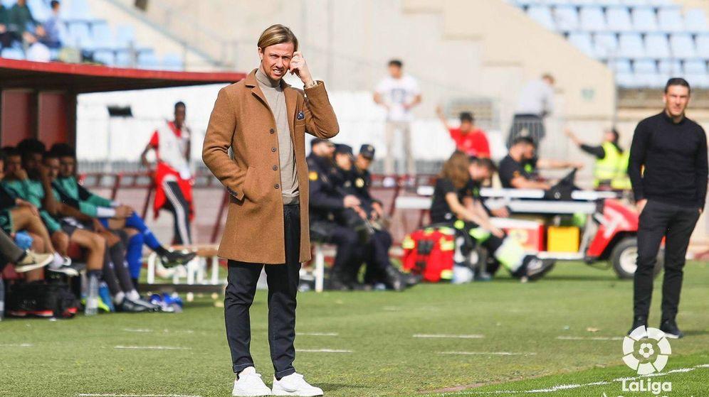 Foto: José María Gutiérrez, Guti, entrenador del Almería. (@LaLiga)