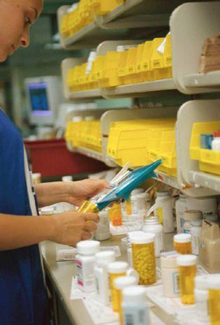 Foto: La Sefac: El farmacéutico debe centrarse en la labor asistencial