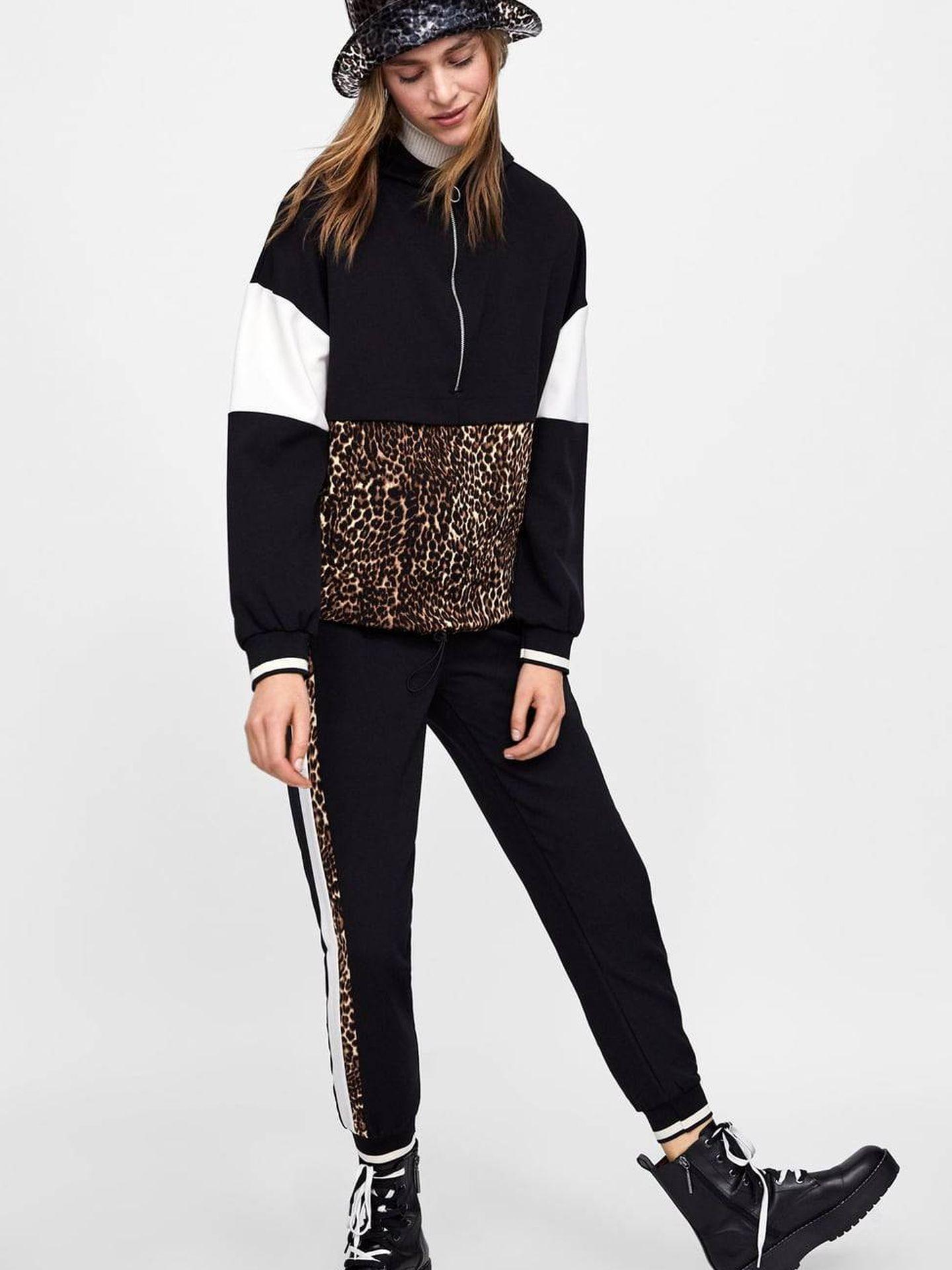 El chándal por Zara: chaqueta (29,95 €) y pantalón (22,95 €).