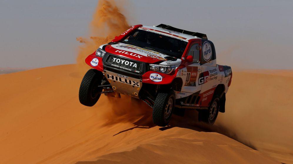 Foto: Fernando Alonso y Marc Coma ocupan la 16ª posició del Dakar. (Reuters)