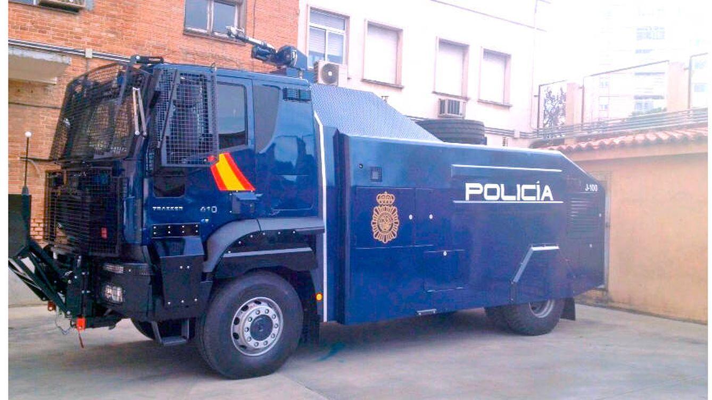 Interior traslada a Barcelona el temido cañón de agua antidisturbios que nunca se ha usado