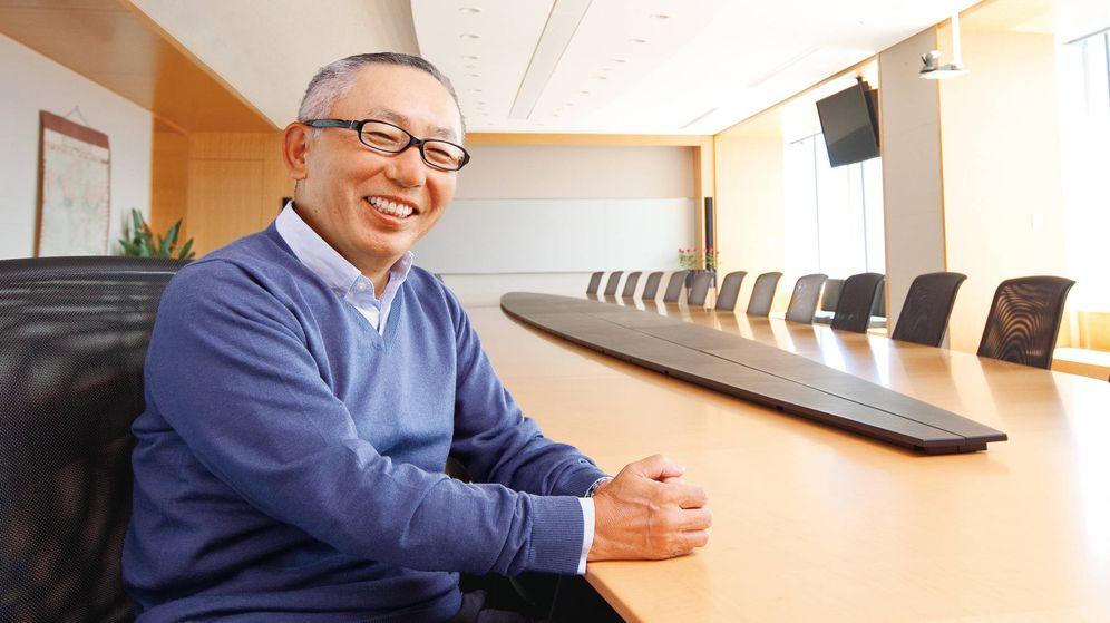 Foto: Tadeshi Yanai, en sus oficinas en Tokio. (Fast Retailing)