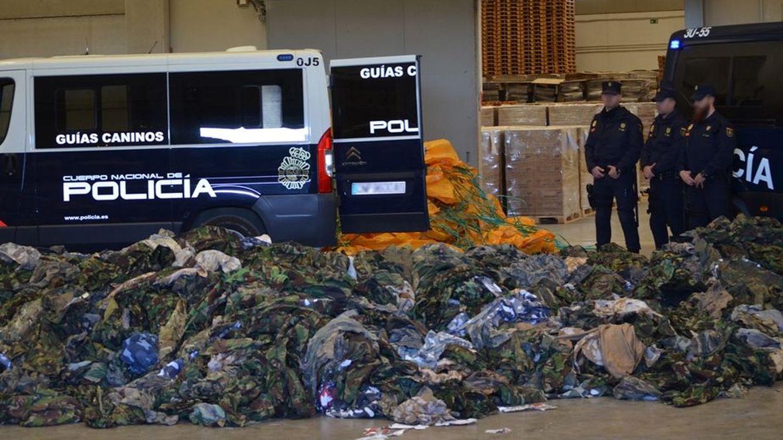 Foto: La Policía ha detectado los uniformes en Valencia y en Algeciras. (Policía Nacional)