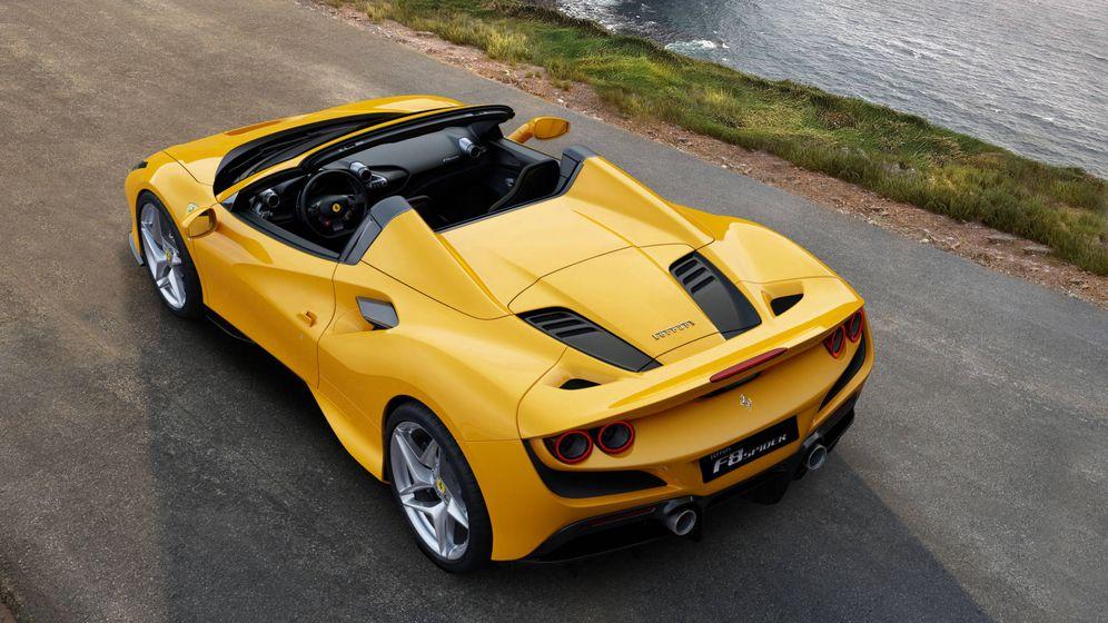 Foto: Motor central trasero de 720 CV en el nuevo F8 Spider, la última joya de Ferrari.