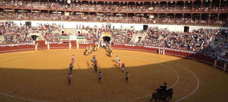 Foto: Comienzo de la corrida en La Malagueta. (A. Rivera)