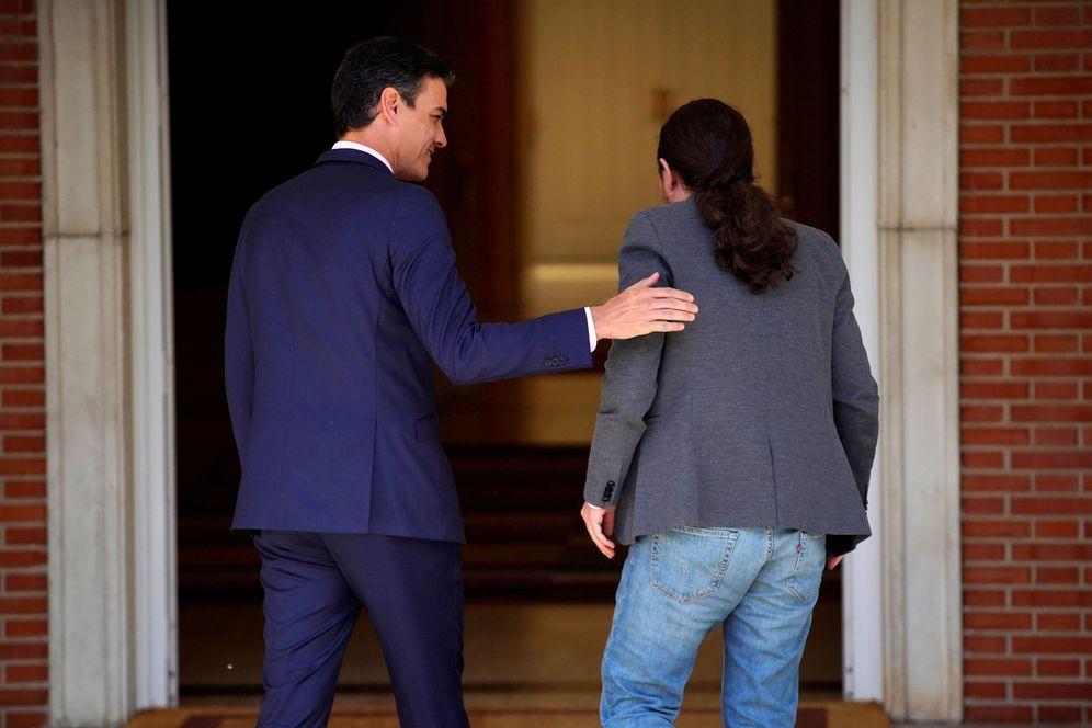 Foto: Pedro Sánchez y Pablo Iglesias, el pasado 7 de mayo en la Moncloa. (Reuters)