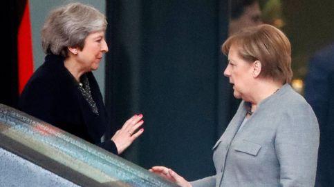 May se estrella en su gira de urgencia: la UE rechaza renegociar el Brexit