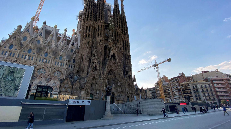 La Sagrada Familia de Barcelona, sin las habituales colas. (EFE)