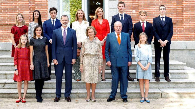 La Infanta volvía para un posado familiar durante el 70 cumpleaños de la reina Sofía. (EFE)