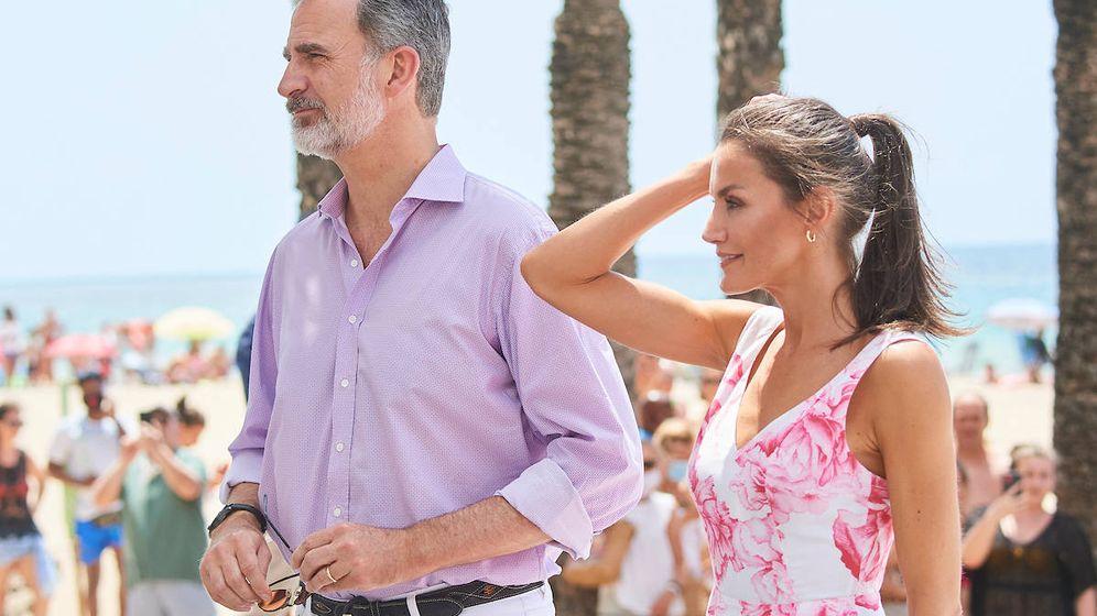 Foto: Felipe VI y Letizia, en Benidorm. (Limited Pictures)
