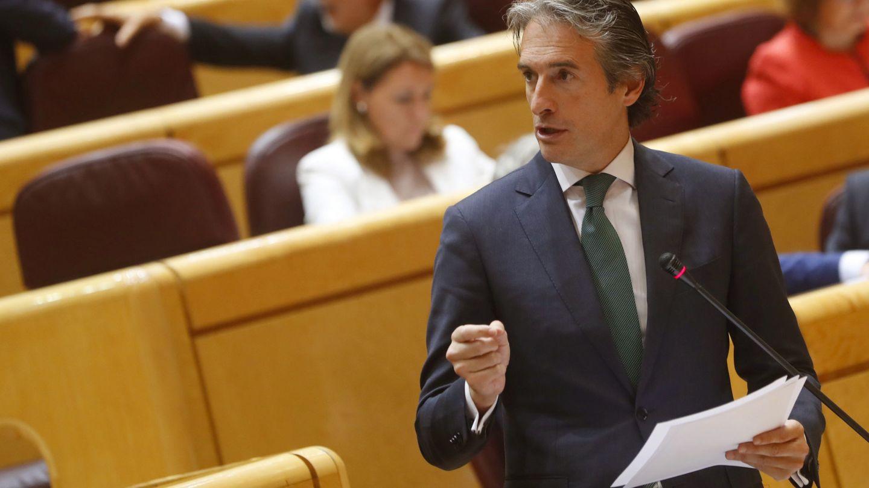 El ministro de Fomento, Íñigo de la Serna. (EFE)