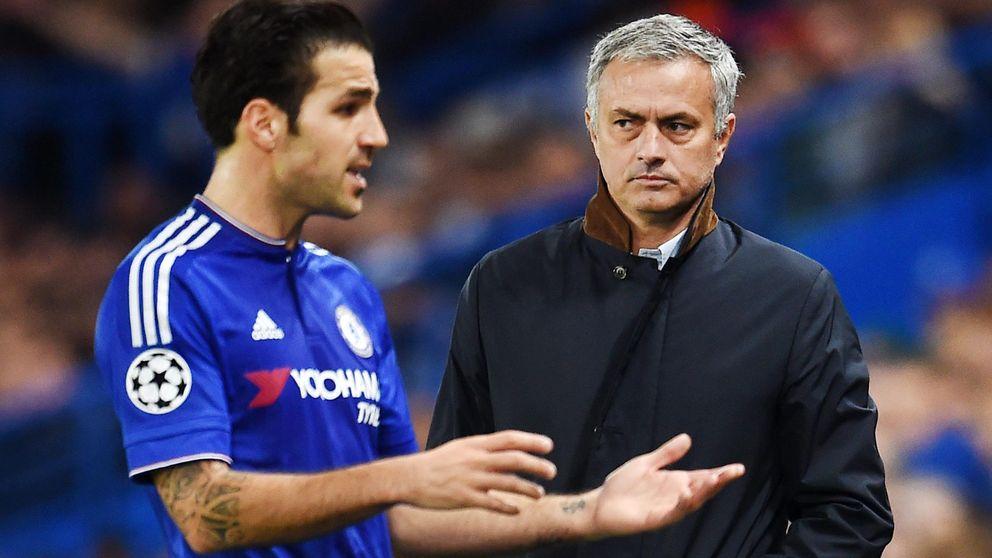 Un Chelsea sin Cesc no se quita la careta de perdedor y con otro ridículo