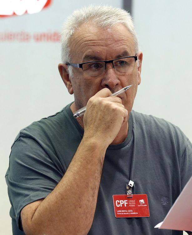 Cayo Lara, durante la reunión del Consejo Político. (EFE)