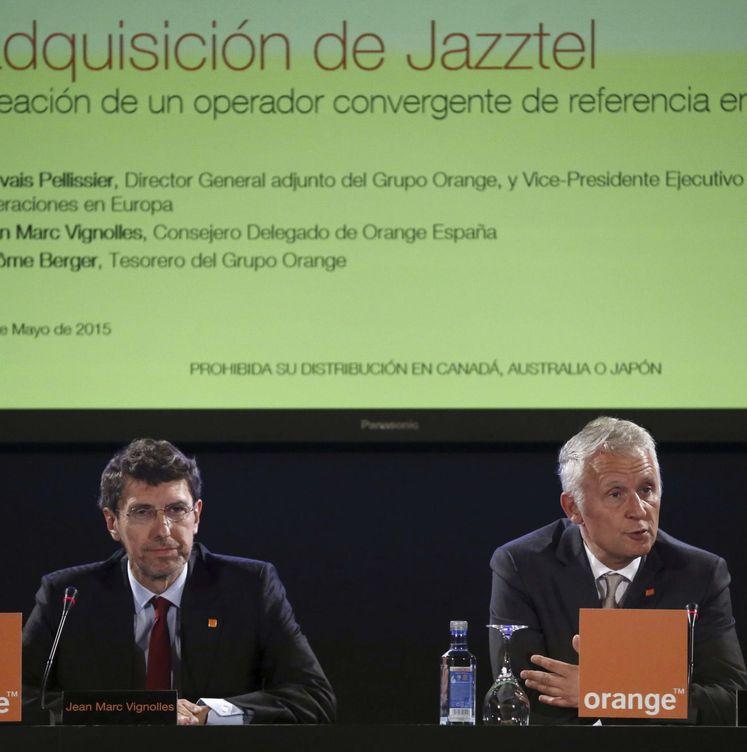 Foto: El director general adjunto de Orange, Gervais Pellisier (d), y el consejero delegado de Orange España, Jean Marc Vignolles (i). (EFE)