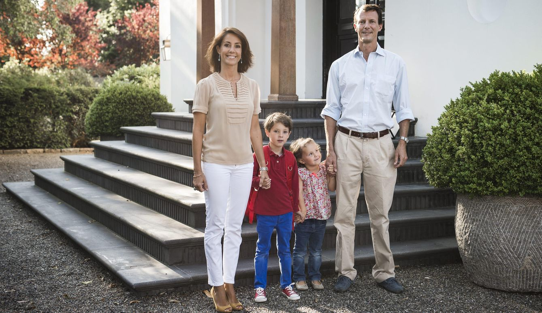 Foto: El príncipe Joaquín y su familia en su nueva casa