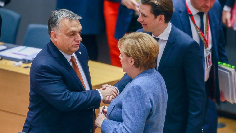Foto: Angela Merkel, Sebastian Kurz y Viktor Orbán. (Reuters)