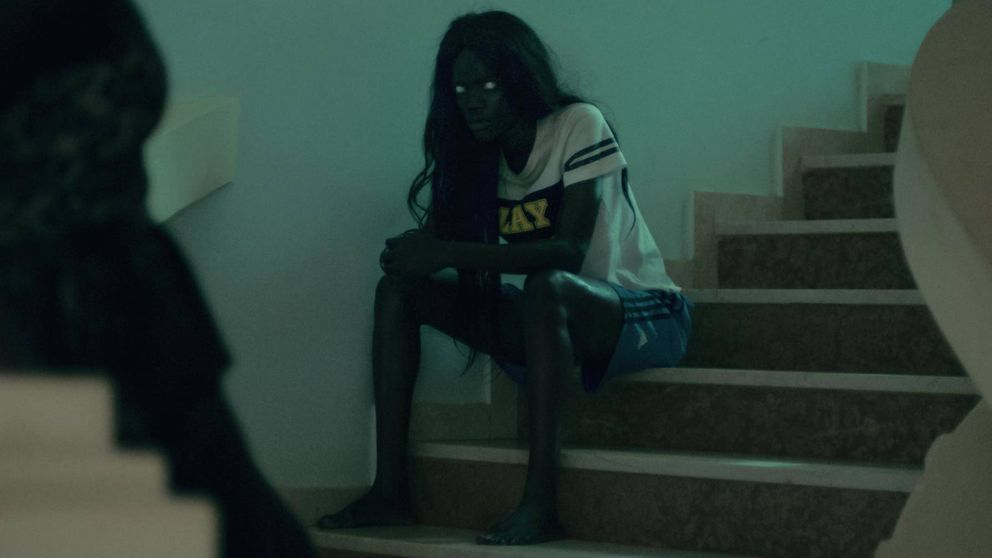 No has visto nada como 'Atlantique': pateras y terror sobrenatural en la joya en Netflix