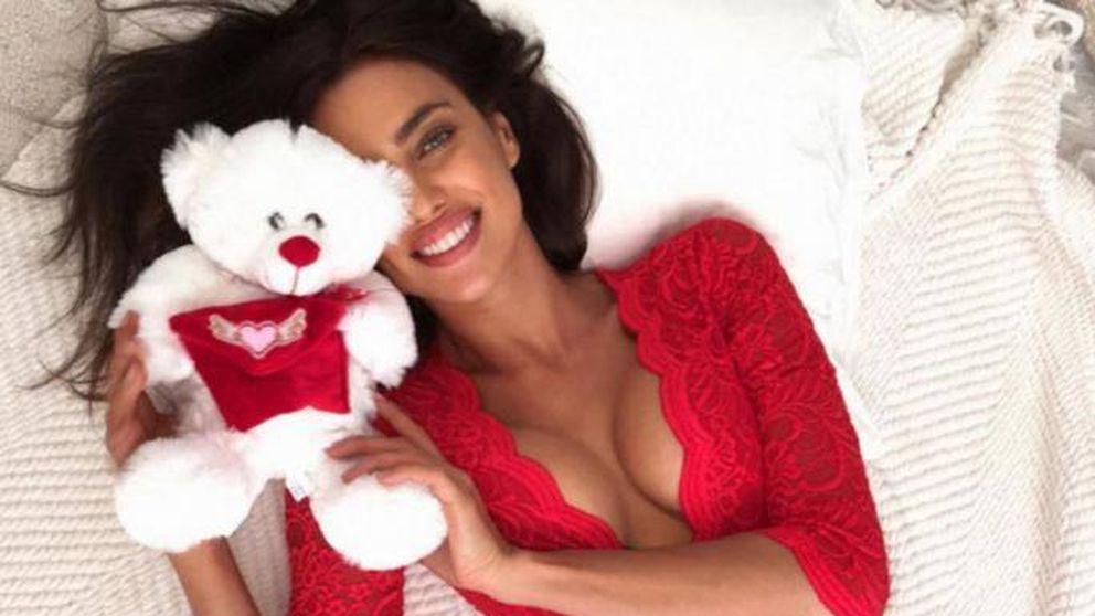 Irina Shayk, la eterna mujer de rojo que levanta pasiones