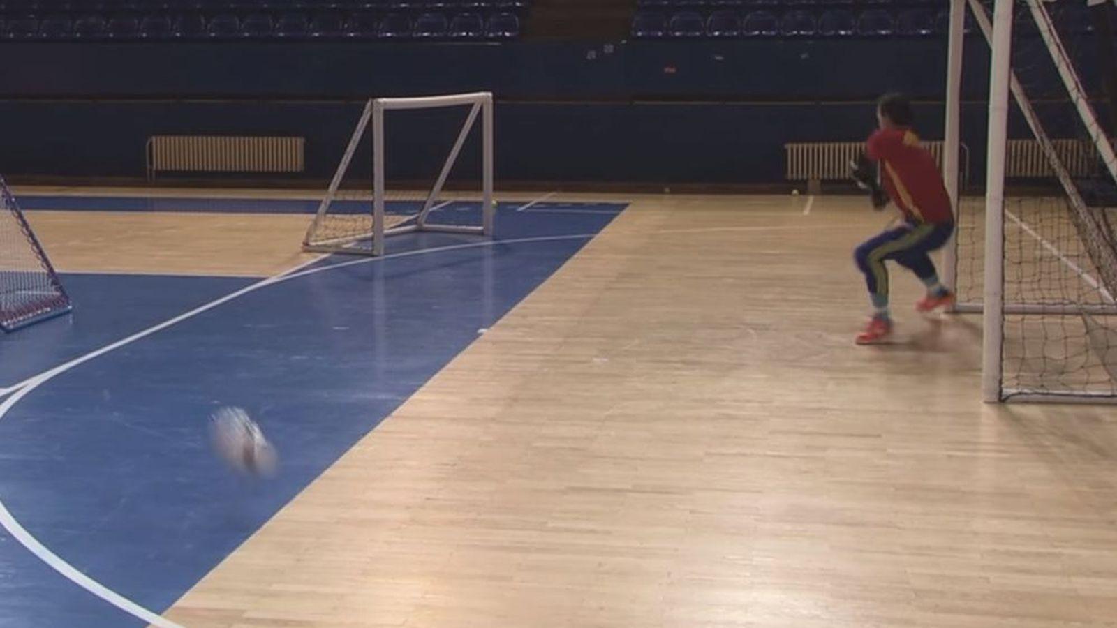 As se entrenan los porteros de la selecci n espa ola de for Federacion espanola de futbol sala