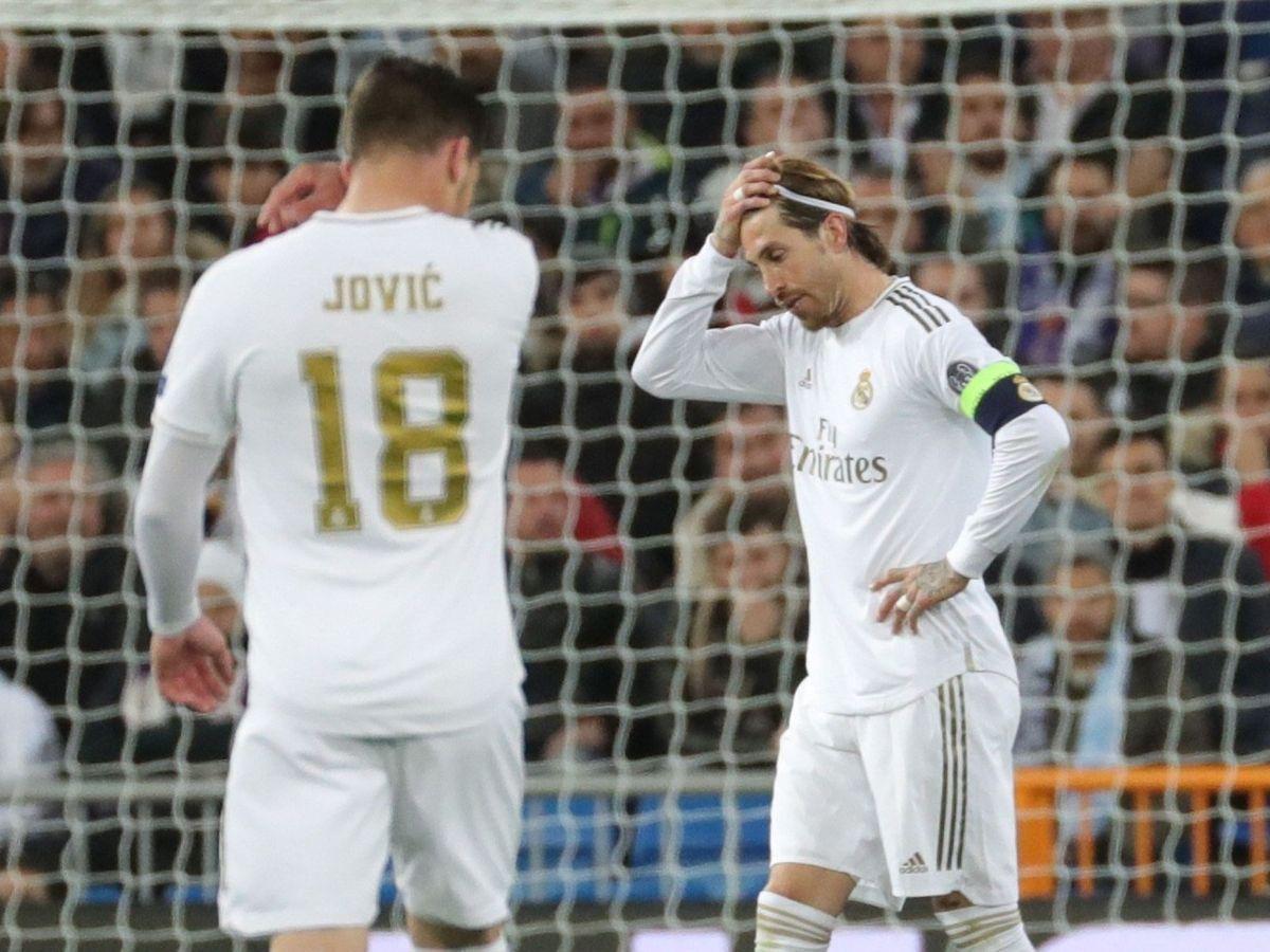Foto: El Real Madrid y el 'déjà vu' de la pasada temporada: ¿qué le pasa al equipo? (EFE)