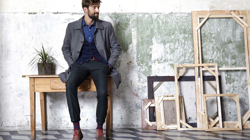Foto: Un modelo con vestimenta de El Ganso. Las claves del perfecto 'casual friday' (El Ganso)