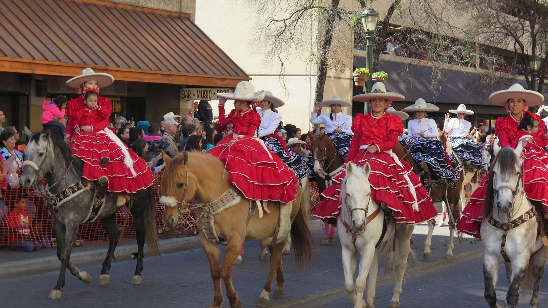 Desfile de mexicanas en Texas, EEUU. (J.B.)