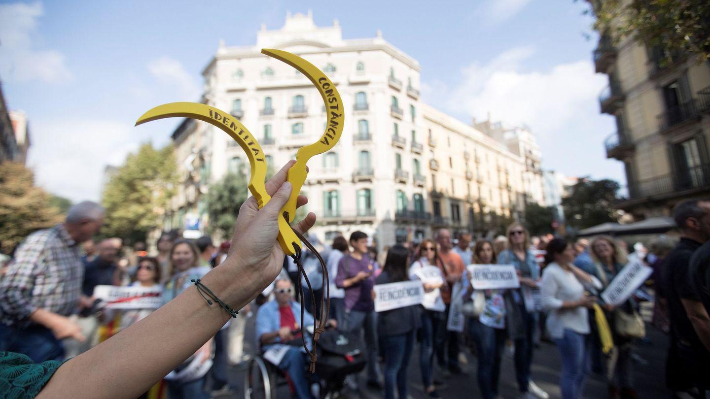 Protestas en las calles de Barcelona después de que la sentencia se hiciera pública. (EFE)